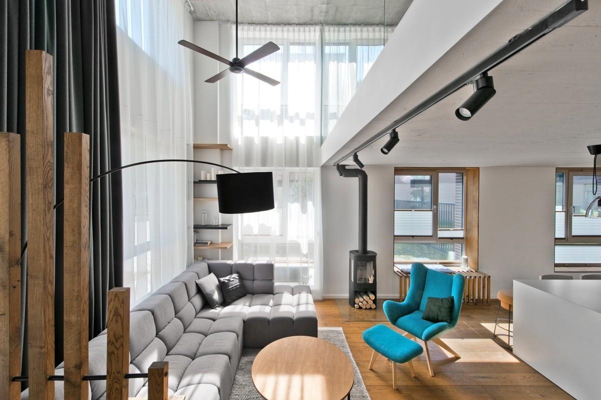 Скамейка в квартиру 155